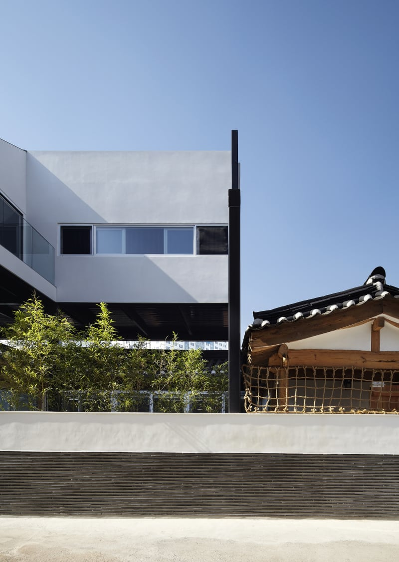 ^ oe architects, Yong Kwan Kim · Vertical extension to traditional ...